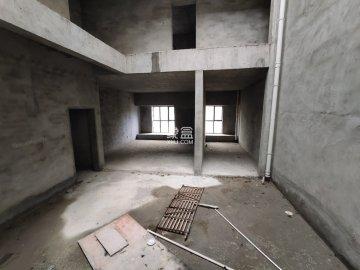 悦湖山 7室2厅5卫毛坯办公房 9000