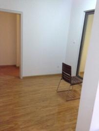 中铁骑士公馆  3室2厅2卫    2200.0元/月