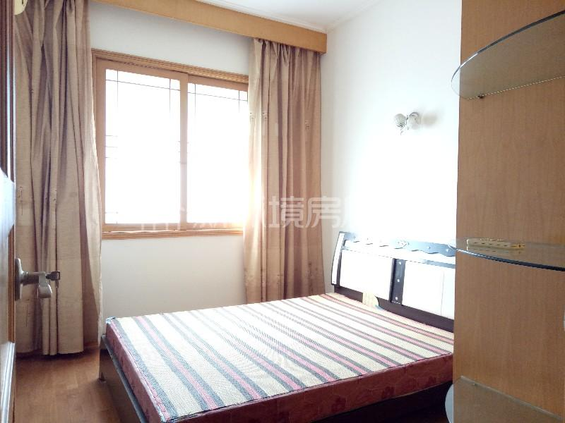 广济苑公寓 3室2厅2卫 112.0万