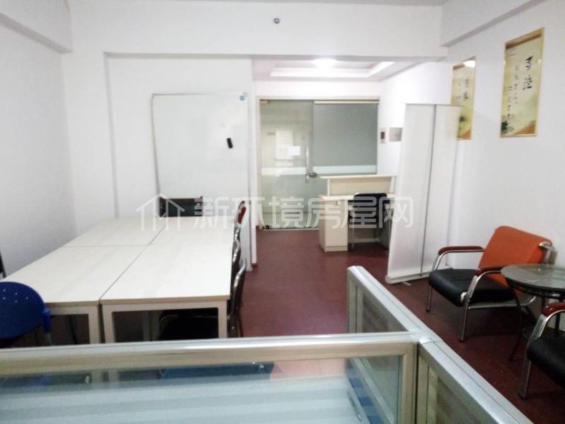 弘林国际  1室1厅1卫    65.0万