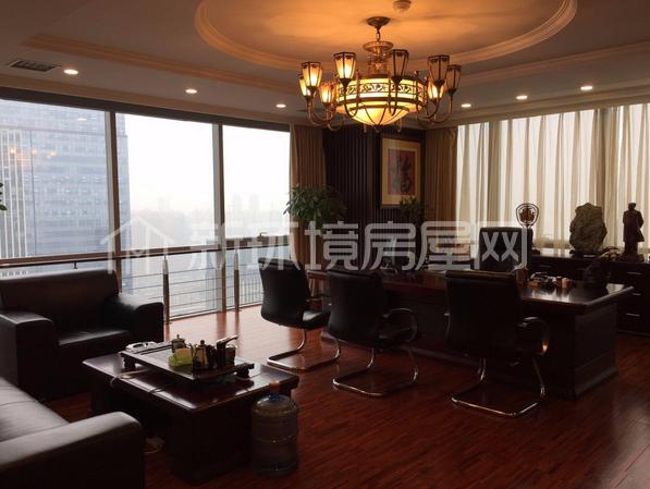 汉街总部国际  1室1厅1卫    1150.0万