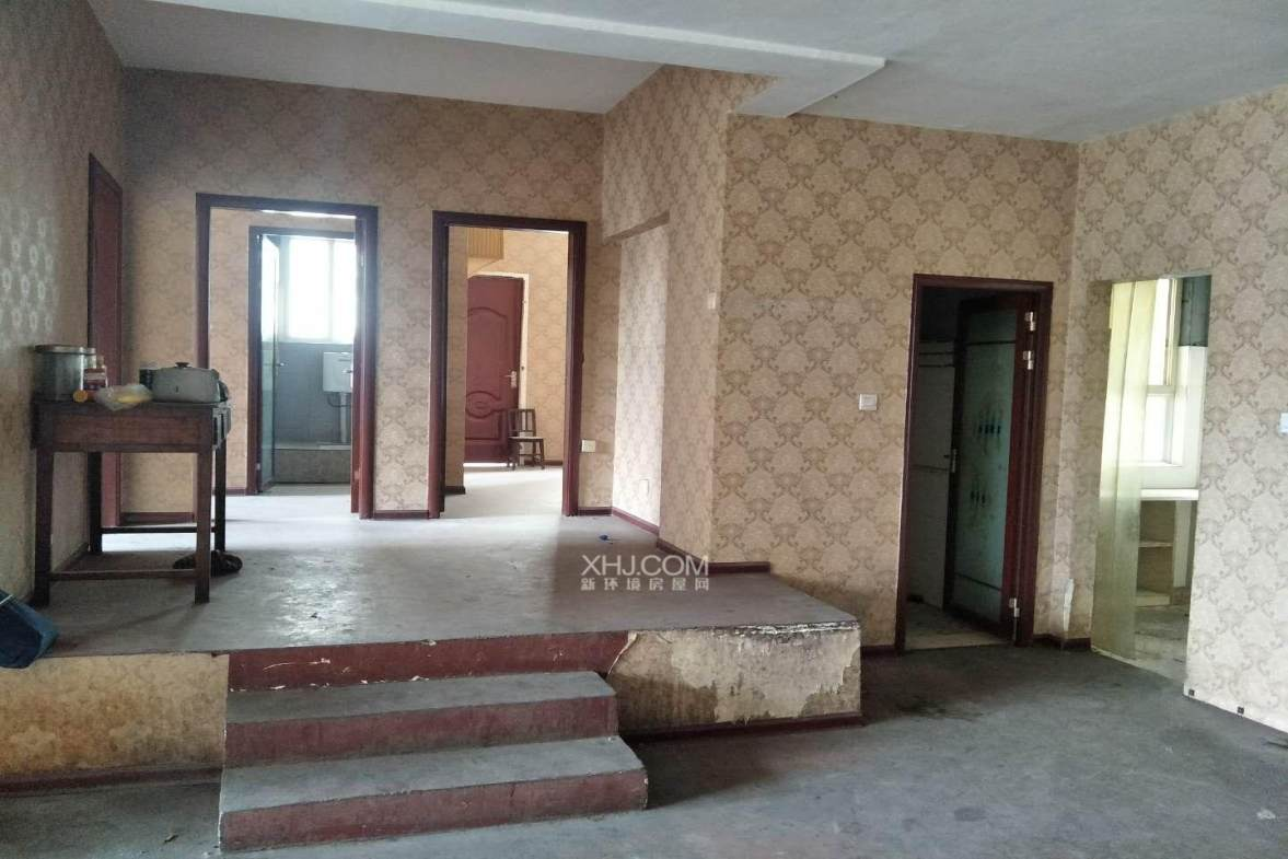 云龙花园  3室2厅1卫    67.8万