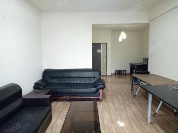 上层建筑  2室2厅1卫    2600.0元/月