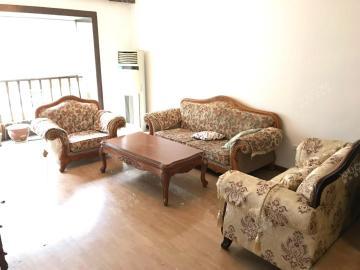 绿杨新邨  3室2厅1卫    3500.0元/月