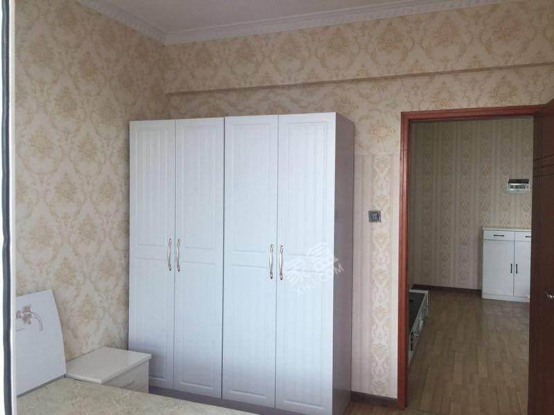 金沙蜜地  2室1厅1卫    2500.0元/月
