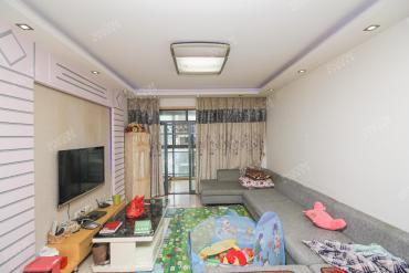 巢之戀9000多單價的大兩房 小區**性價比的一套 看房方便
