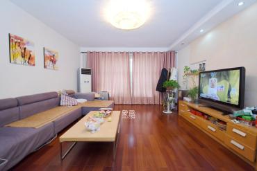 芙蓉公寓 精裝四房 剛需戶型 接受價格的客戶看過來