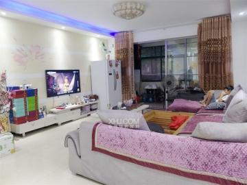宏宇新城巴萨名门南区  3室2厅2卫    93.8万