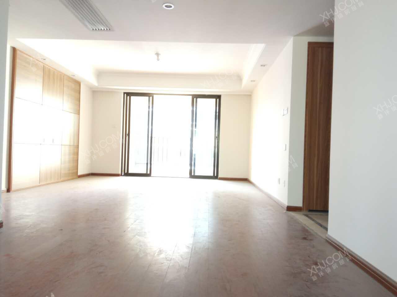 曲江华著中城  3室2厅2卫    290.0万