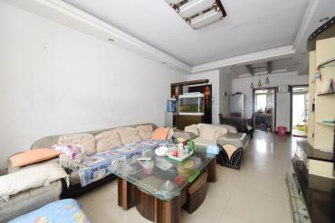 湘绣城  2室2厅2卫    65.0万