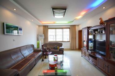 家园小区  3室2厅2卫    76.8万