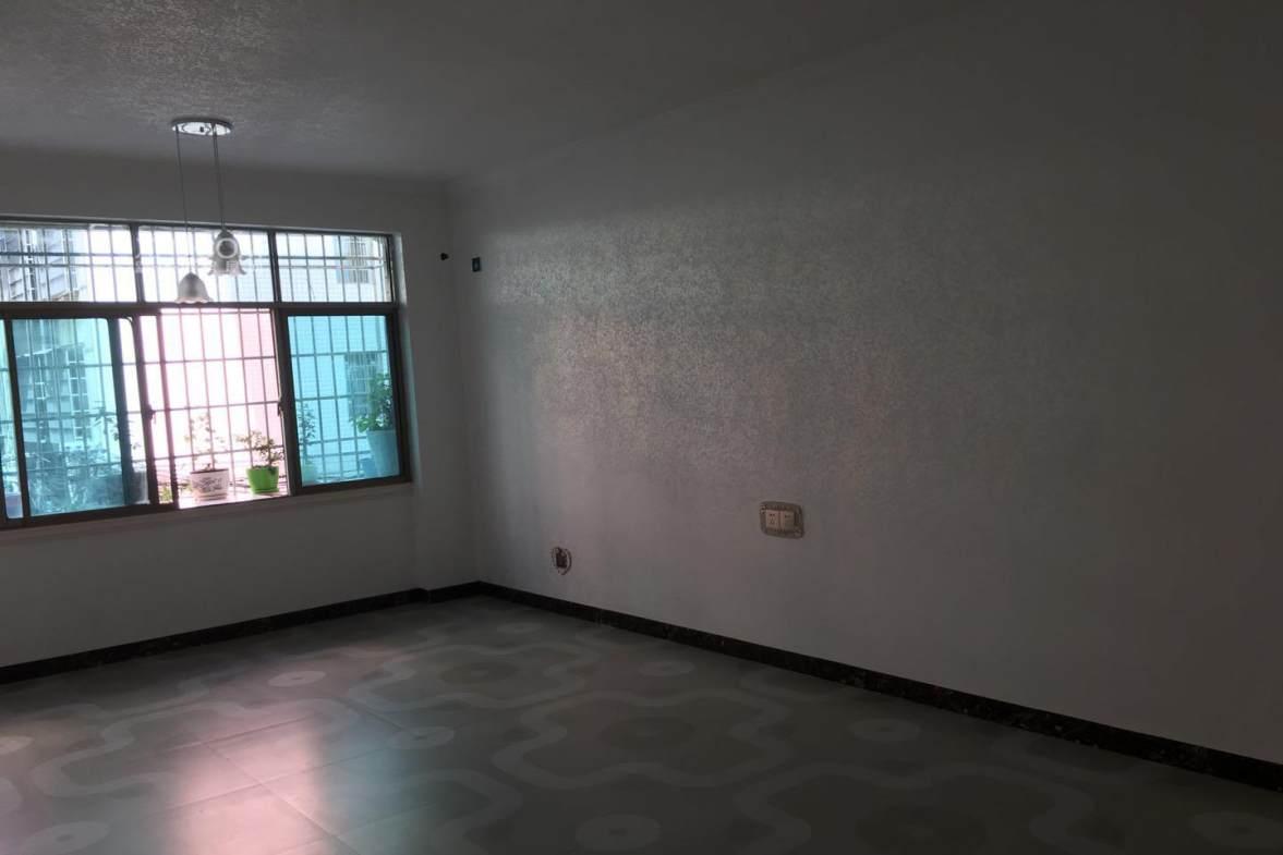 春江花园  4室2厅2卫    72.0万