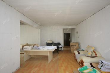 友誼路近地鐵口 精裝修 美好四房 可居家可投資 好房子