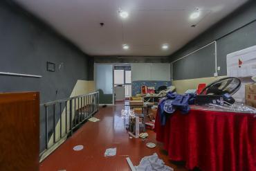 芙蓉中路邊上,浦沅藍調國際 復式樓,三居室