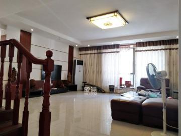 鑫宇花园  4室2厅2卫    98.8万