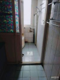 马王堆疗养院单位房  3室2厅1卫    2000.0元/月