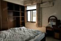 光明新村  3室2厅2卫    1200.0元/月