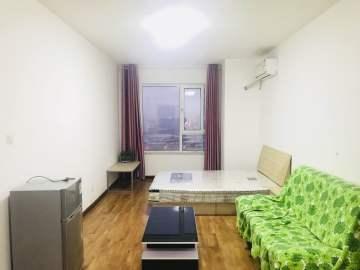 金地西沣公元一期  1室1厅1卫    1600.0元/月