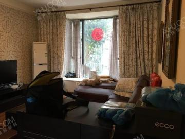 阳光金沙  2室1厅1卫    2500.0元/月